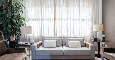 Confira como limpar cortinas e fazer a manutenção dos tecidos e lâminas